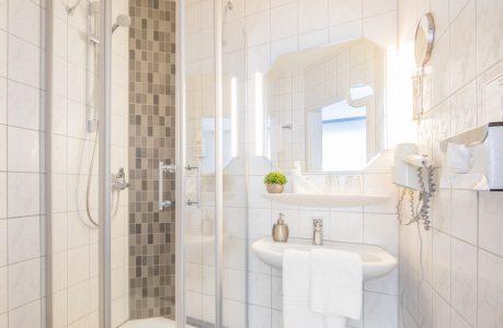 badezimmer-detail-gross