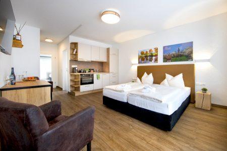 balkon-apartment-inkl-kueche